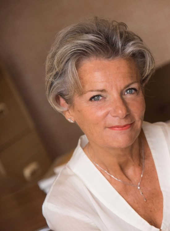 FB Formation - Portrait Francoise BernabeFB Formation - CFA esthétique cosmétique parfumerie