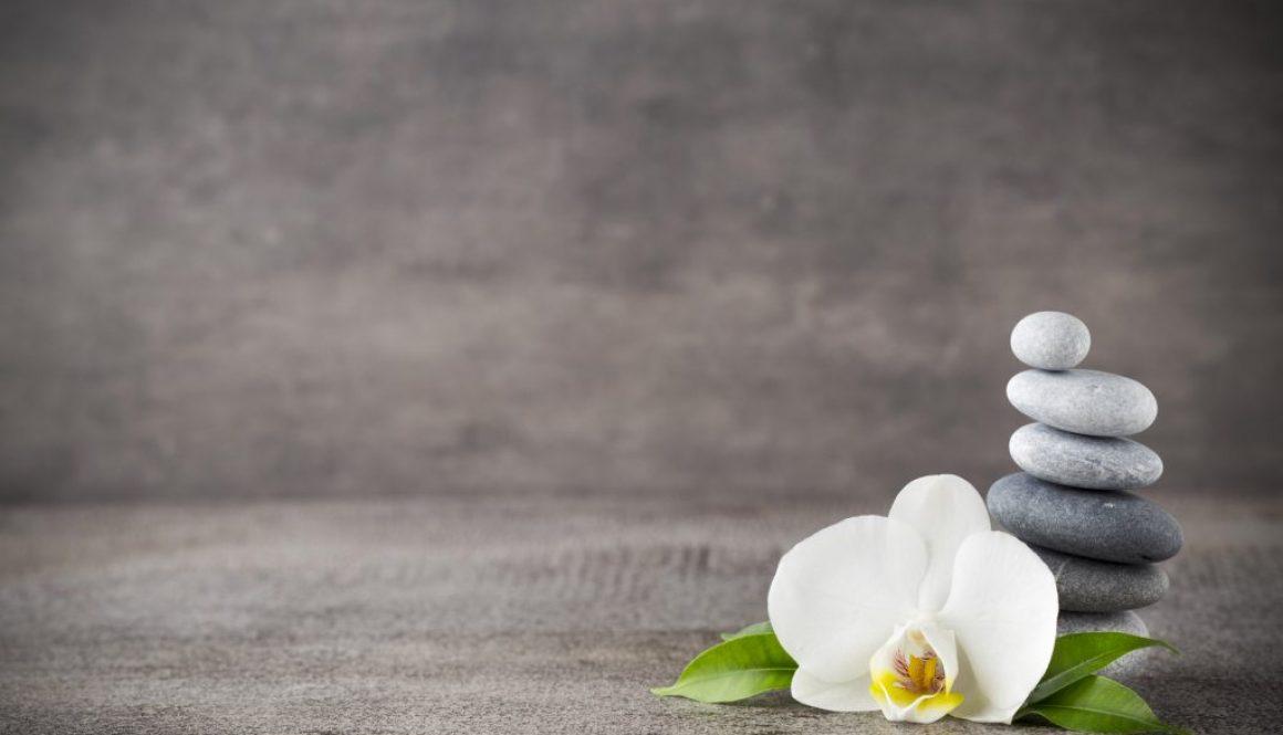 FB Formation - modelage pierres chaudes - CFA esthétique cosmétique parfumerie